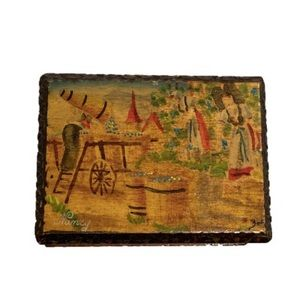 Beautiful Vintage Trinket Box